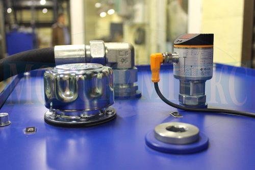 Програмований датчик рівня масла LR3000 і заливна горловина TA80 гідростанції МІ-928