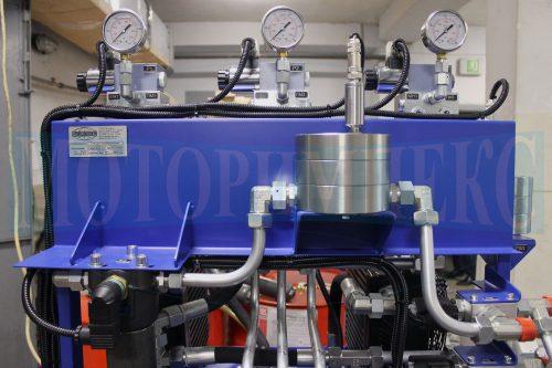 """Верхня панель гідравлічної станції МІ-593 виробництва """"Моторімпекс"""""""