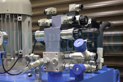 Гидрораспределители Ponar 4WE6 на гидрозамках гидростанции МИ-1200