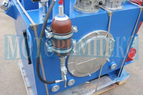 """Гідроаккумулятор Epoll на гідравлічній станції МІ-490 виробництва компанії """"Моторімпекс"""""""
