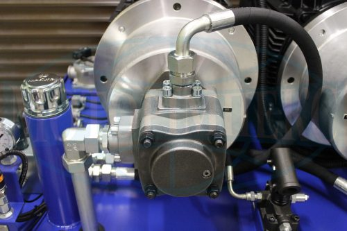 Шестеренный гидронасос насосно-моторной группы гидравлической станции