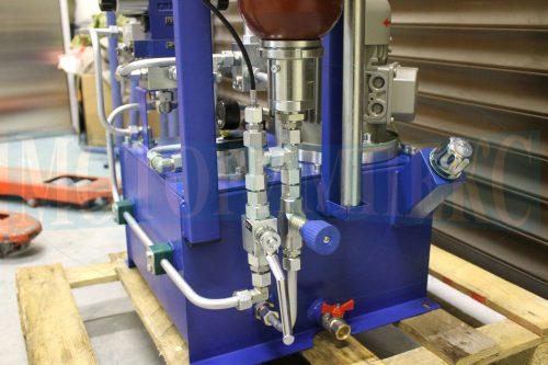 Гидрооборудование маслостанции СМИ-1167: Дроссель и шаровой кран Oleodinamica Marchesini