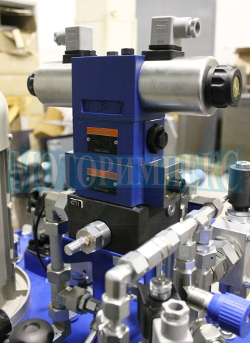 Гідророзподільник WE10 на модульному гідрозамку і дроселі виробника Oleodinamica Mozioni