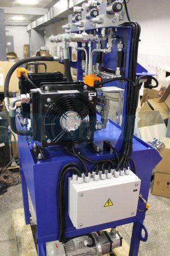 Воздушный маслоохладитель производителя OMT гидравлической станции МИ-593