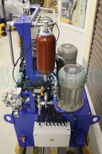 Гидрооборудование маслостанции МИ-684: гидроаккумулятор Epoll, блок безопасности Ponar, электродвигатели