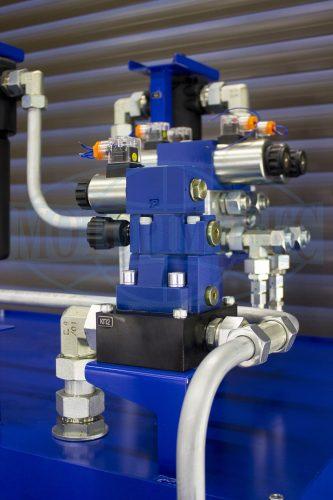 Предохранительный клапан с разгрузкой DBW10 на монтажной плите маслостанции